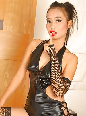 Pics Of Naked Teens In Latex 81