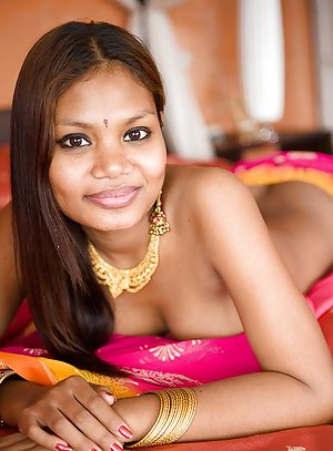 Asian Babe Pics 36