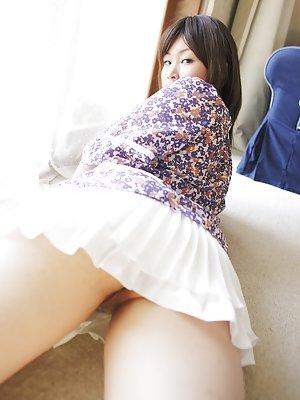 Asian Upskirt Pic 72