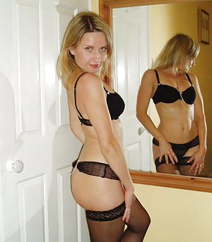A real amateur milf swinger my 2 voyeurcams live 24h 4