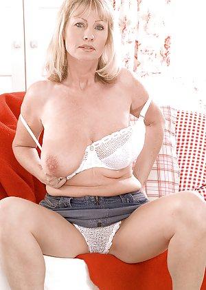julia hayes hardcore porn