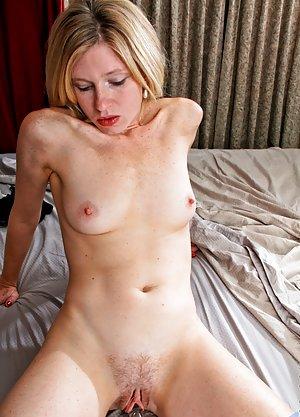 hot naked vampire chicks