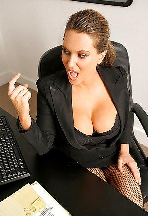 Bioshock  Elizabeth Doggystyle  VR Porn Video  VRPorncom