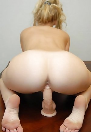 Free Thumb Ass Porn Pics and Thumb Ass Pictures - SEX