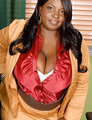 The Fat Ebony Teen 102