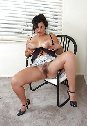 pussy hairy Nude spread girl