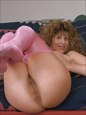 Solo milf butts love these
