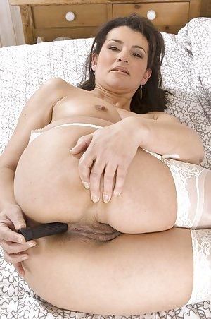 girl in pain porn