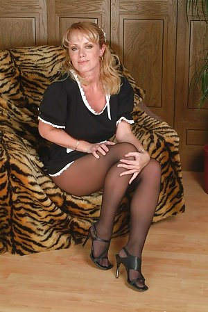 Hot Pantyhose Mom 50