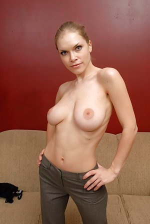 amatuer hot naked mom