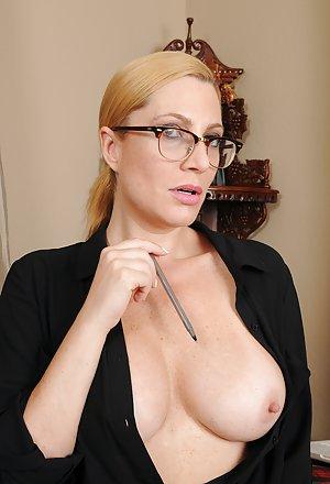Glasses Porn Thumbs 118