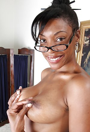 Ebony Glasses 82