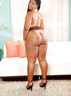 Bbw huge black tits
