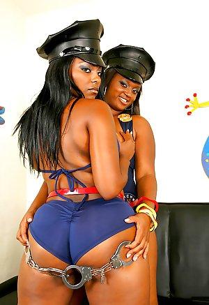 Ebony Booty Lesbians 82