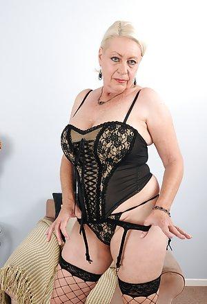 50 yearold milf with big boobs loves hard cocks 9