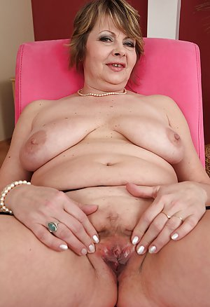 Red pagan mom porn