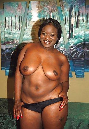 Black Porn Pictures at Nude Ebony Pics