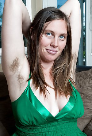 Free Hairy Women Pics 62