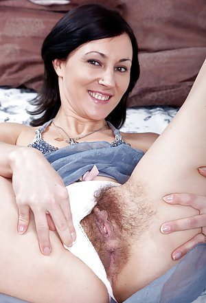 Hairy Mature Free Gallery 89
