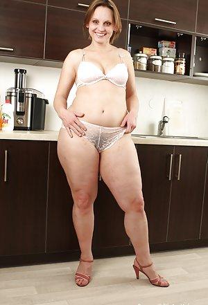 Xxx Housewife Pics 38