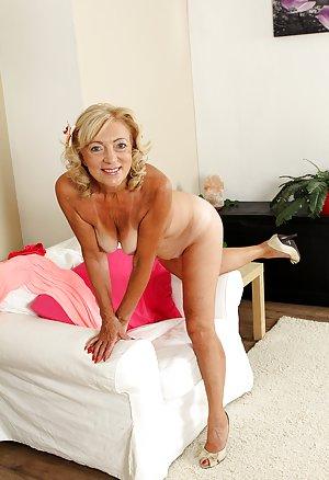 Free Sexy Granny Pics 95