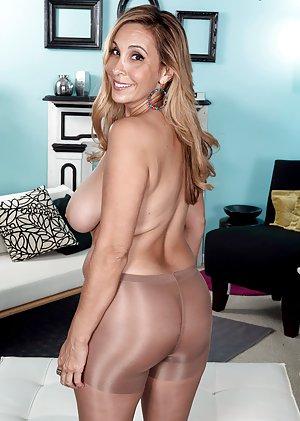 Me Butts Mature Pantyhose Butt 120