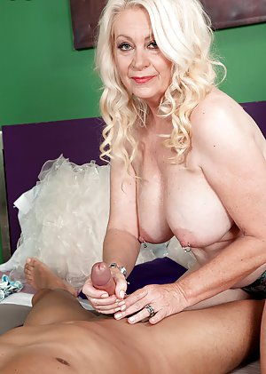 Mature Porn Thumbs Best Granny 29