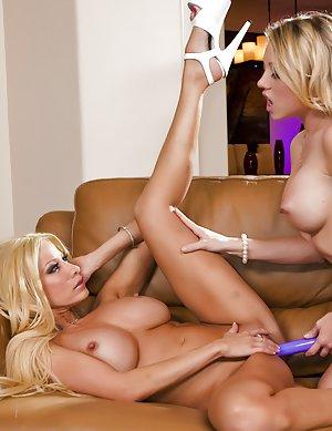 Milf Lesbians Pics 33