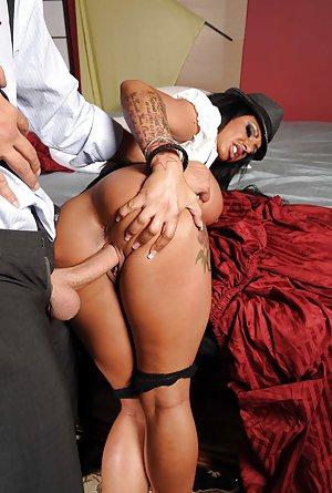 Porn Mature thumbs latina