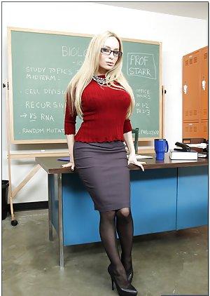 Milf teachers thumbs girls over