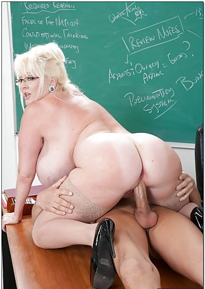 Big booty bbw milf gets dp039ed by shane diesel and ramon xxx