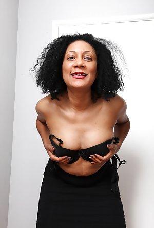 Skirt Porn Gallery 75