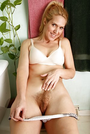 A hot blonde mature anally fucked by a toyboy 1