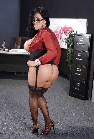 Milf Secretary Sex 23
