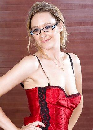 Hot Mom Glasses 117
