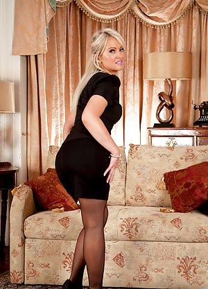 Skirt Butts 114