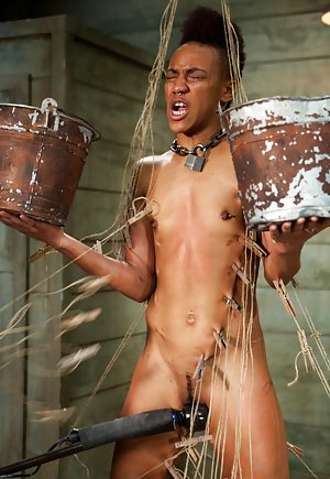 free ebony bdsm galleries at ebony pussy pics