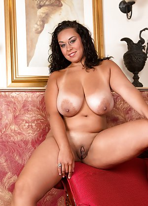 Big tit black women naked