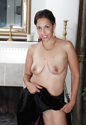 Cyprus Ebony Teen With Huge 94