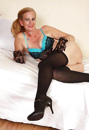 Milf Granny Pics 81