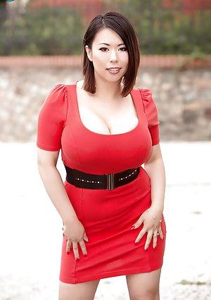Asian Bbw Thumbs 38