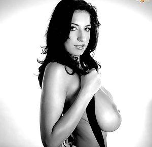 Free Big Tits Pics 118