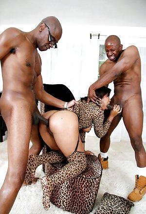Ebony Group Sex 110