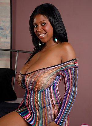 Saggy Tits Pics 27